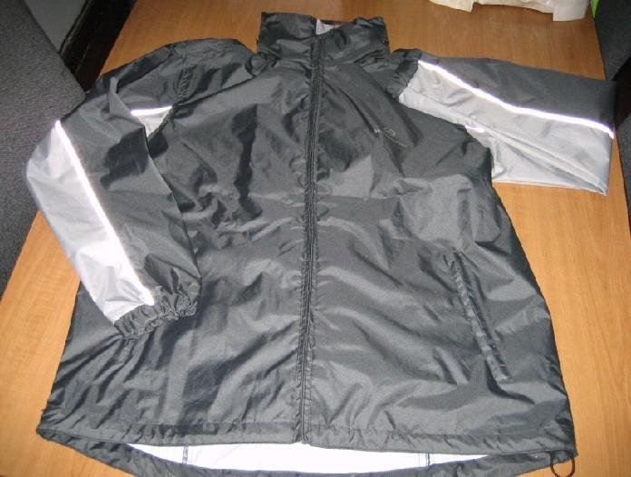 Breathable rain jacket
