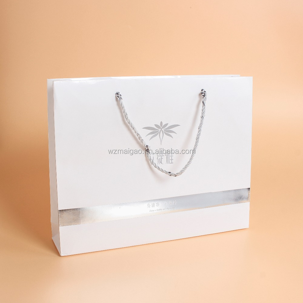 FSC Certificated Factory Promotional Oem Custom Logo Design Printed Matte Cheap White Paper Bag For Shopping