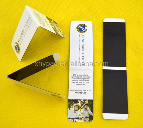 Folding magnetic style bookmark