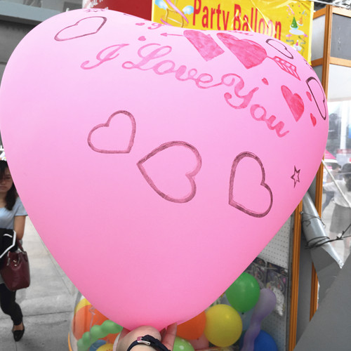 good quality heart shaped huge balloons for advertising /promotion event