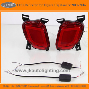 High Quality LED Rear Bumper Refelctor Light for Toyota Highlander Multifunction LED Rear Bumper Reflector for Toyota Highlander