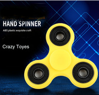 2017 New Arrival Popular Tri Fidget Spinner Toy