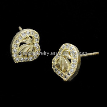 Latest Design Raw Br Hot Heart Shape Zircon Inlay Fashion Hong Kong Earrings For