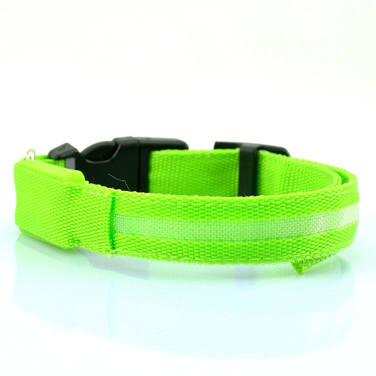 Brand new hotsell led dog training collar pet collar flashing led dog collar with CE certificate