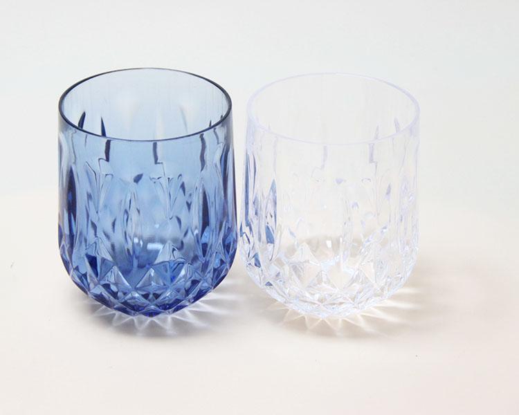 الأمازون الساخن نمط البهلوانات الزجاج للشرب البولي الملونة زجاجيات البلاستيك كاسات صغيرة أواني زجاجية من الكريستال