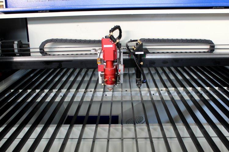 metal laser cutter (28).jpg