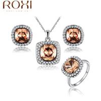 Cheap Wholesale Stock Gold Zircon Jewelry Ladies Necklace Jewelry Set