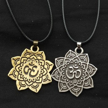 Viking Lotus Necklace Tibetan Mandala Spiritual Amulet Pendant Antique Silver And Antique Bronze Chain dropshipping necklace