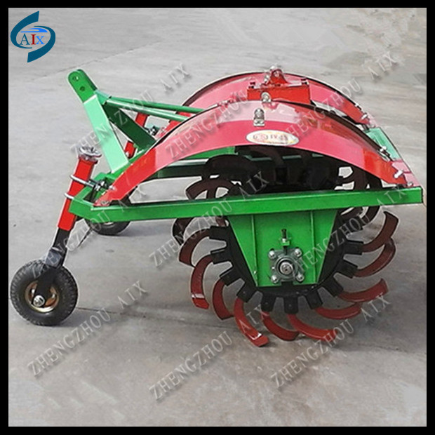 Farm Tractor drive Potato cultivator / potato earthing up machine