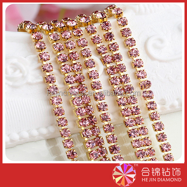 Professional Factory direct sell wholesale glass hotfix rhinestone with competitive prices for customer design cup chain