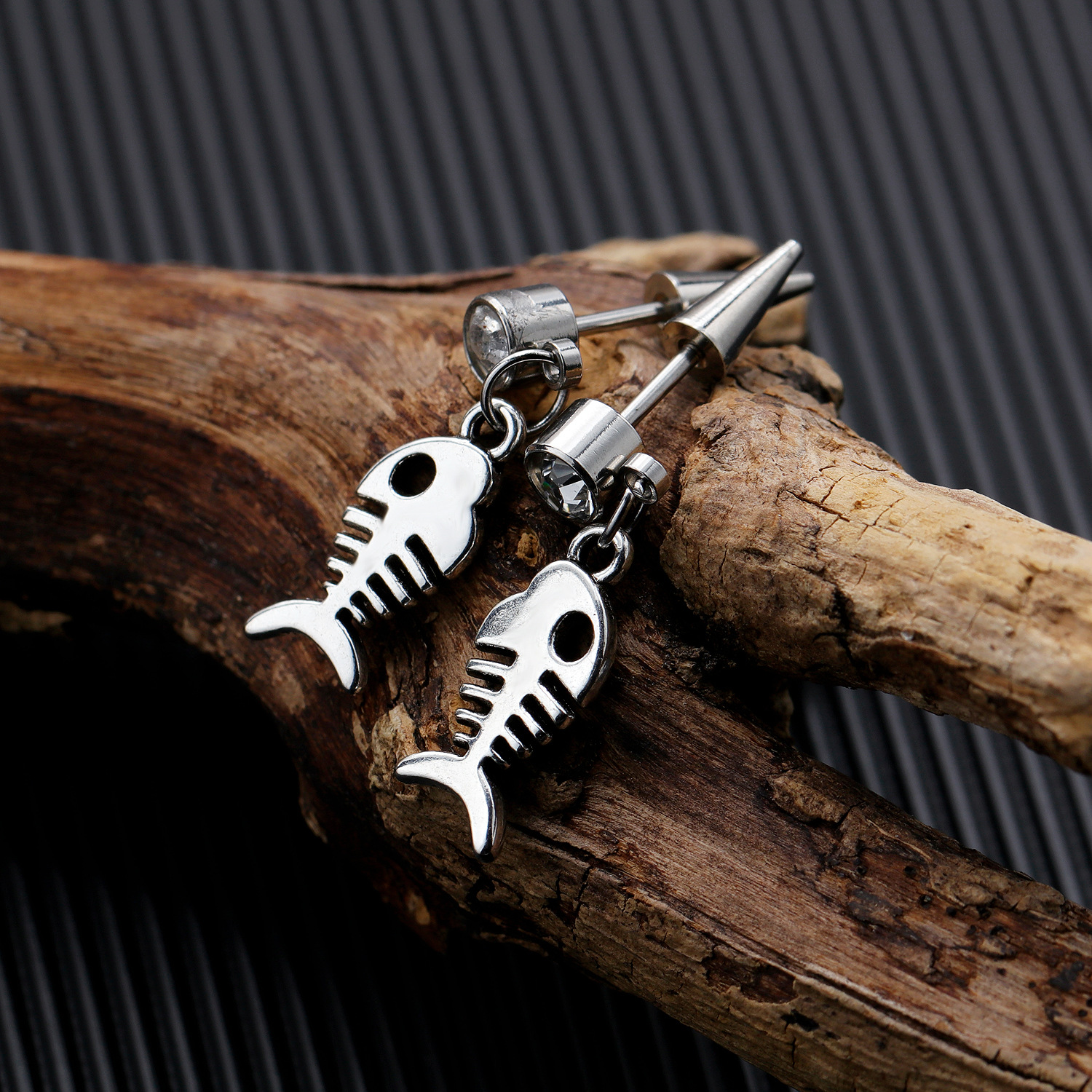 Mens punk jewelry fish bone earrings skull cross drop earrings