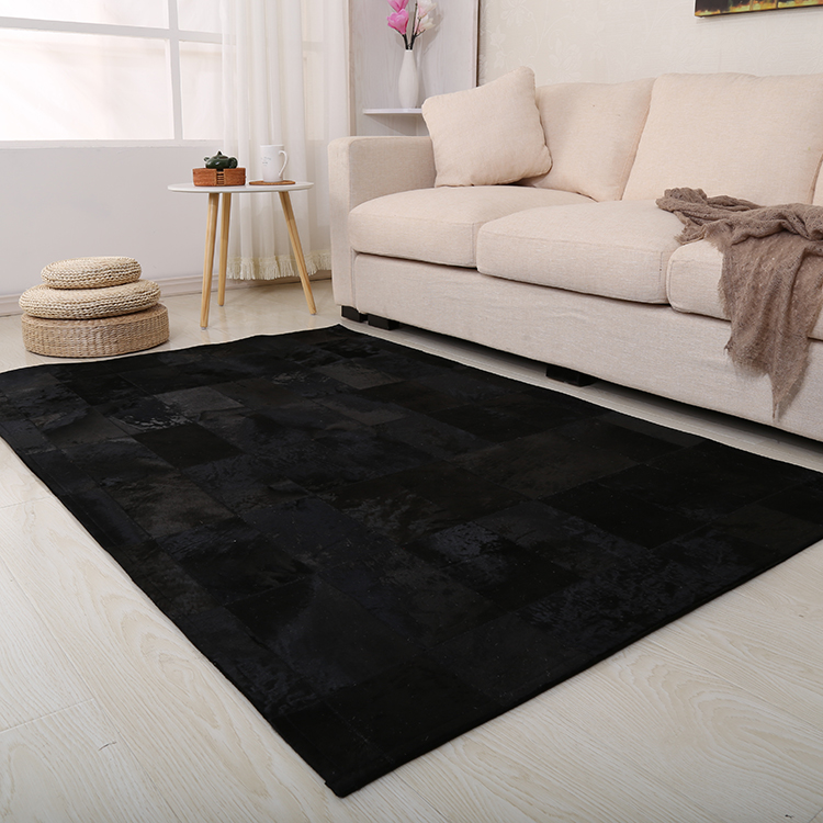 Black Dyed Non Slip Natural Cowhide Rug Patchwork Rugs For Home