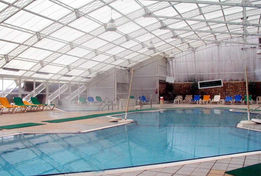 Venta al por mayor cubiertas transparentes techos compre for Piscina plastico duro