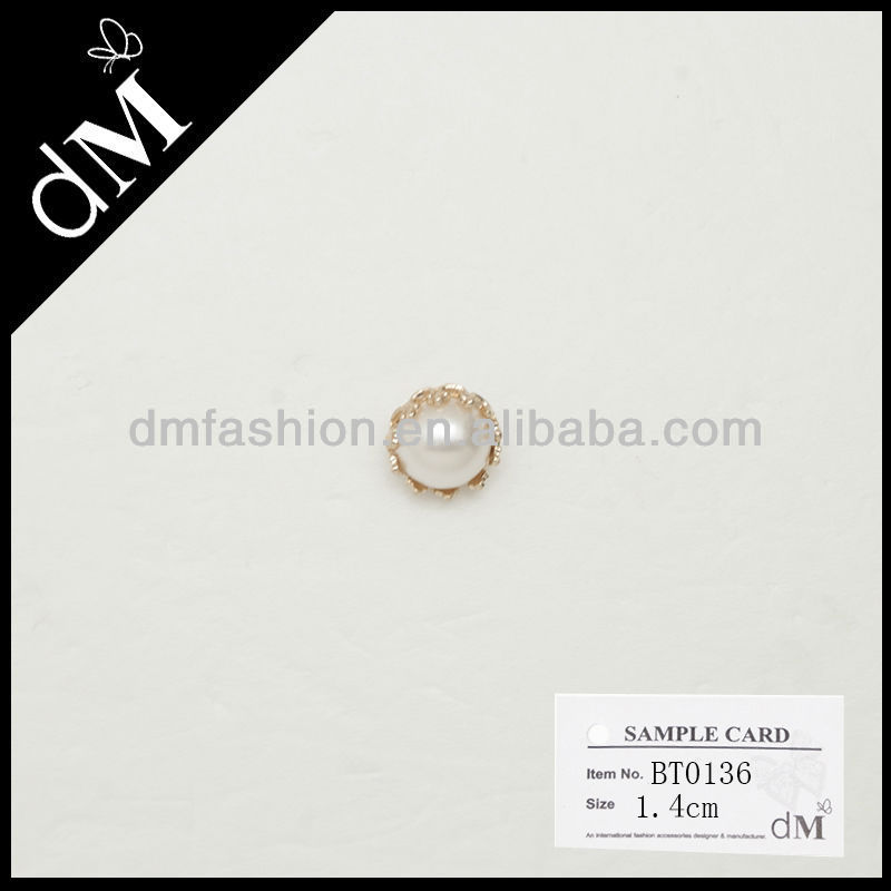 Good quality pearl button for women accessories BT0136