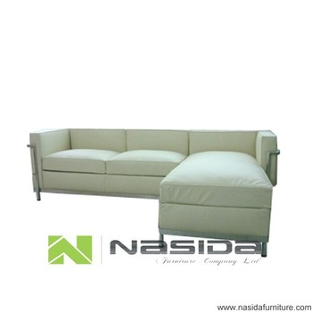 SF217 B Le Corbusier Petite Chaise Sectional Sofa Lc2