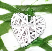 2013 wholesale hot sell wicker/willow white heart, decorative heart