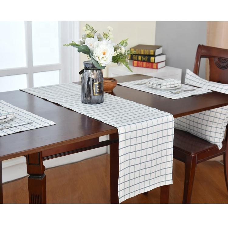 अनुकूलित मुद्रित टेबल धावक आपूर्तिकर्ता पॉलिएस्टर टेबल धावक