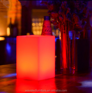 Waterproof Eco-friendly PE plastic lights pillar wedding decorative led pillar