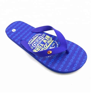 The most popular wholesale flat sandals shoes personalized high quality cutomise flip flop made pe slippers for mens