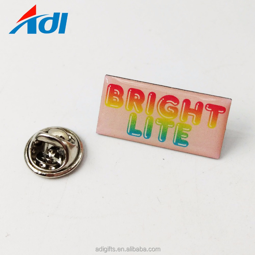 OEM Cheap Printing Name Button Pin Bage With Butterfly Clutch