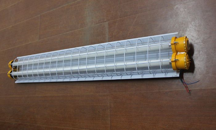 Bpy- 2x28w T5 Flame Proof Explosion Proof Fluorescent Lamp