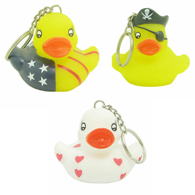 Customized Toy Factory Wholesale PVC Mini Yellow Duck Key Animal Design Keychain with Sound