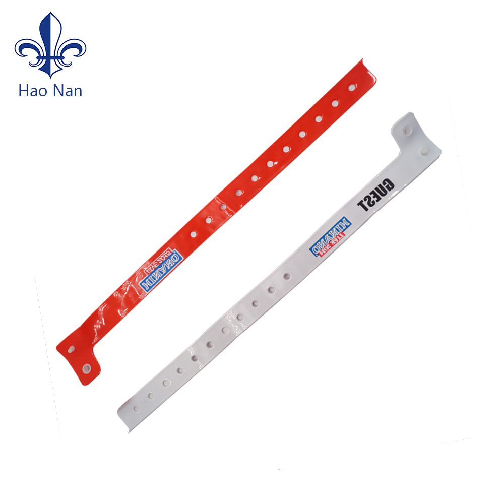 Cheap customized  PVC  wristbands for festival