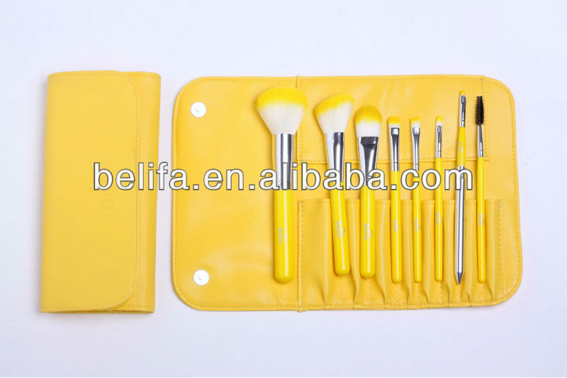 8pcs yellow color hot sale beauty brushes kit with free sample