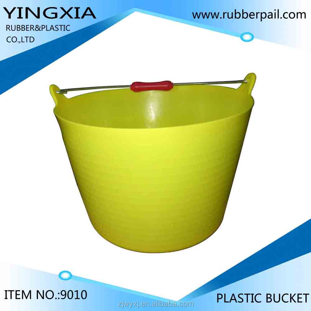 plastic storage pails and buckets