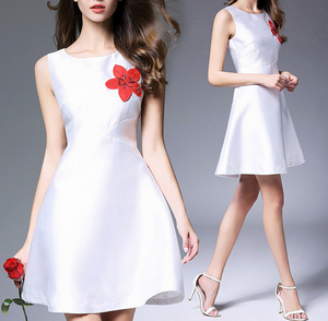 customized lady clothing sleeveless simple embroidery evening party dress glossy white dress