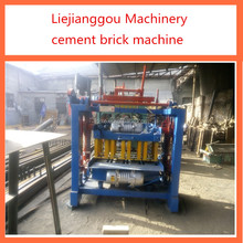 QT4-45 small scale movable brick machine concrete block making machine for sale in India