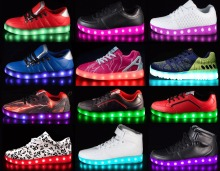 LOW MOQ 100% original rechargeable led light up shoes men
