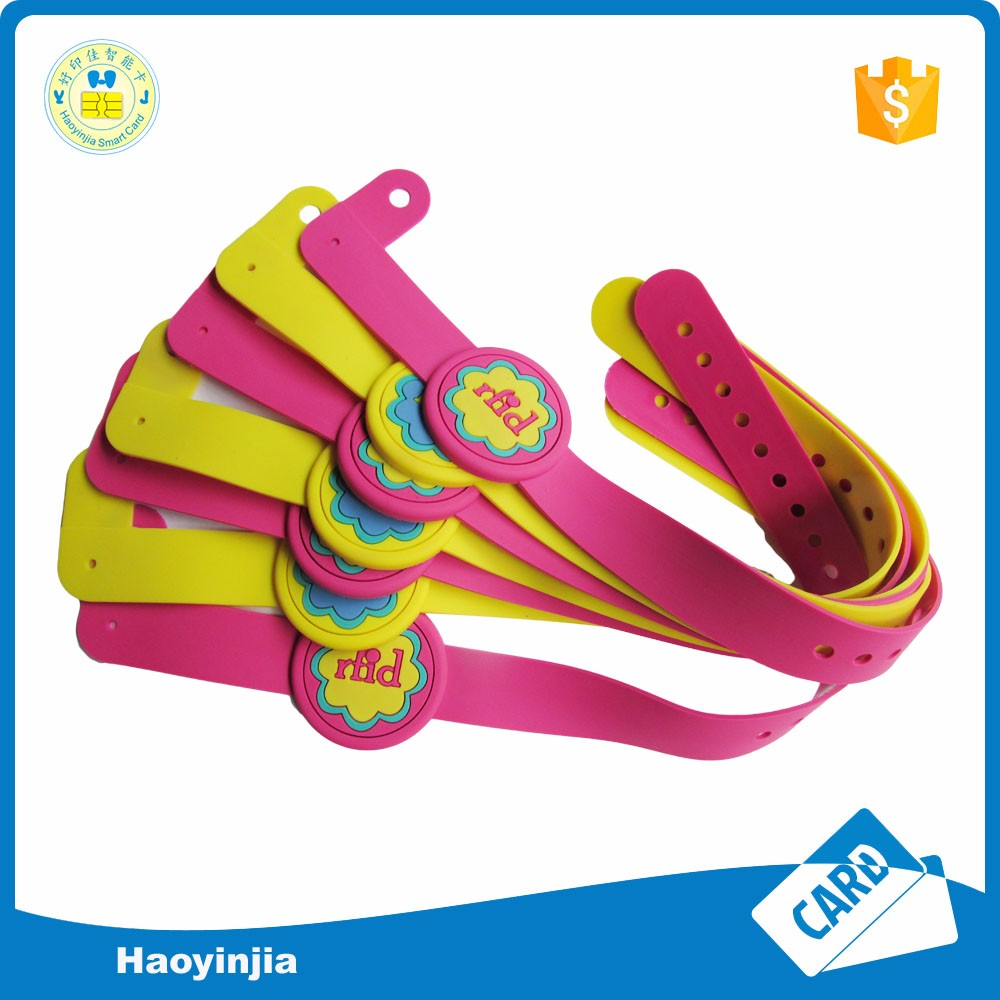 hot sale children soft pvc rfid wristband uhf adjustable rfid bracelet