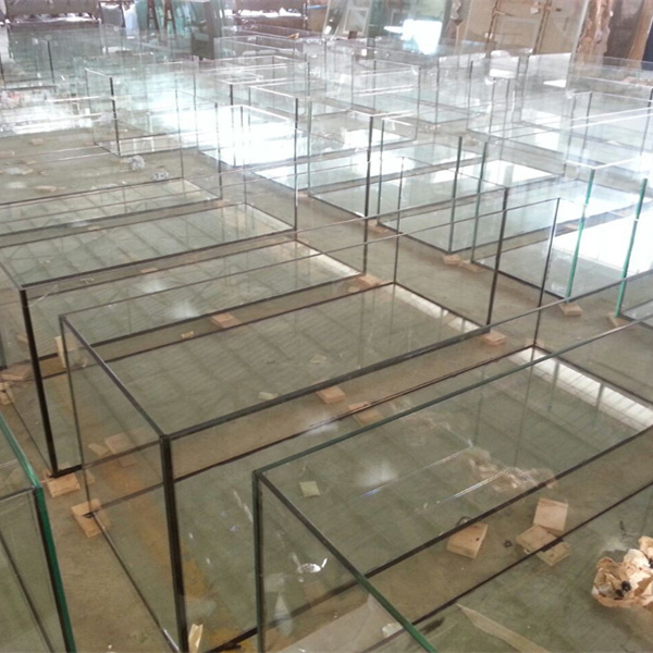 Factory fish tank supply