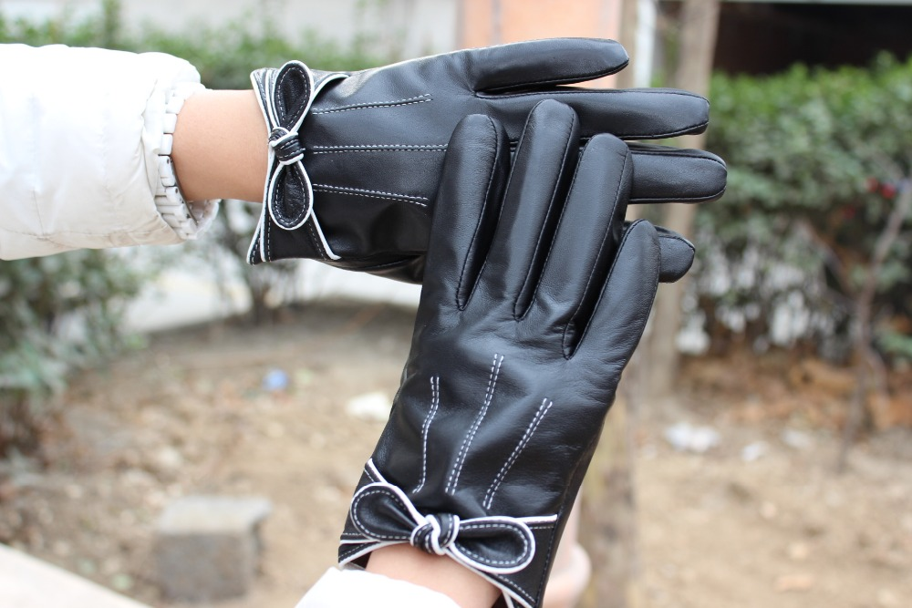 Girl's short leather gloves made from hebei factory