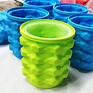 new design hot sale silicone ice cube bucket genie