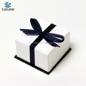 Christmas jewelry gift boxes with ribbon
