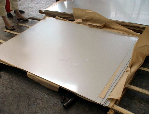 we can provide safe and best package 430 201 202 304 304l 316 316l 321 310s 309s 904l stainless steel sheet