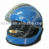 Helmet-shaped Ashtray, Made of Plastic, Available in Various Colors