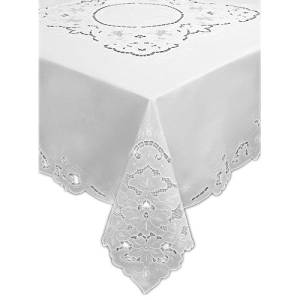 Collectibles Madeira Bow Linen Embroidered 19 Inch Table Topper Or Doily.