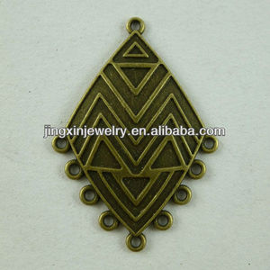 Yi Wu Special India Style Antique Carved Metal Rhombus Craft Charms