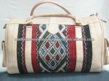 Tappeti Kilim Marocco : Hobo marocchino artigianato in pelle e kilim tappeto sacchetto di