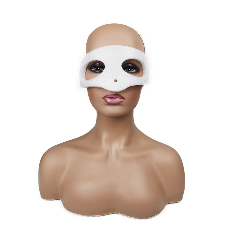 Realistic Mannequin Head Bust Plastic Female Mannequin Head With Shoulders Head Mannequin for Display