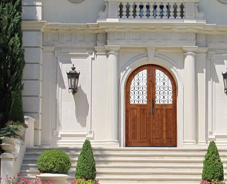 Diseo de puertas de metal para casas startstop calidad for Puertas dobles de madera exterior