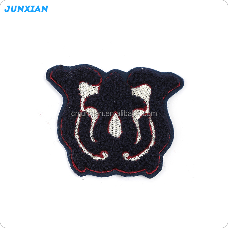 Factory new design logo towel chenille embroidery patch
