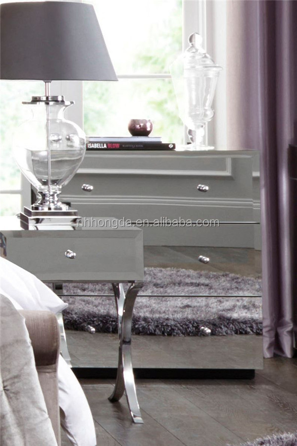 miroir tables de chevet table de chevet miroir en verre. Black Bedroom Furniture Sets. Home Design Ideas