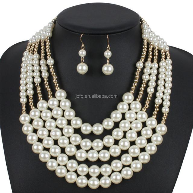 875e6b69a549 Lujo caliente Estilo Vintage perlas de imitación de múltiples capas cuerda  tejida collar babero cadena de