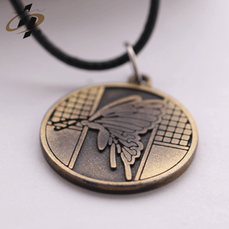 Elegant design wholesales cheap  custom 2d metal ancient gold butterfly dog tag with necklace