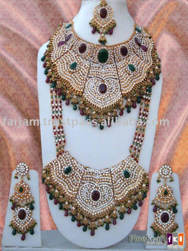 Indian Kundan Bridal Jewelry Set