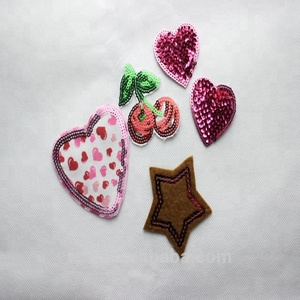 Custom fashion sequin embroidery patterns for garment